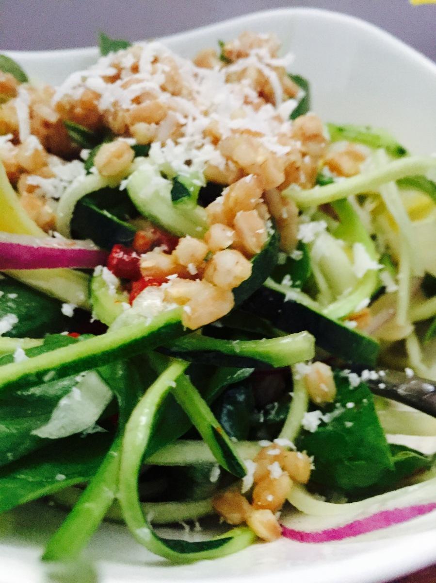 copycat live med salad